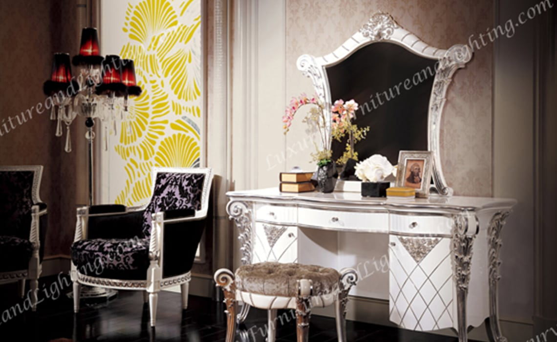 Italian Furniture - Luxurious Laiya Italian Bedroom Furniture